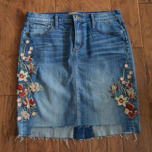 Driftwood Floral Embroidered Denim Skirt Size 29